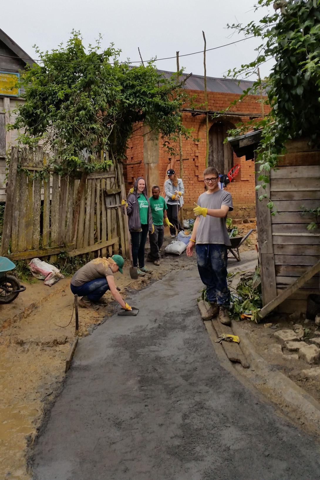 Volunteers in Africa building a road in Madagascar